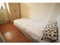 Single Room for a boy in CAMDEN !!