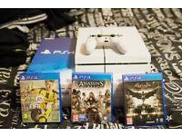 PS4 White 3 games, fifa 17,assasins creed, batman.