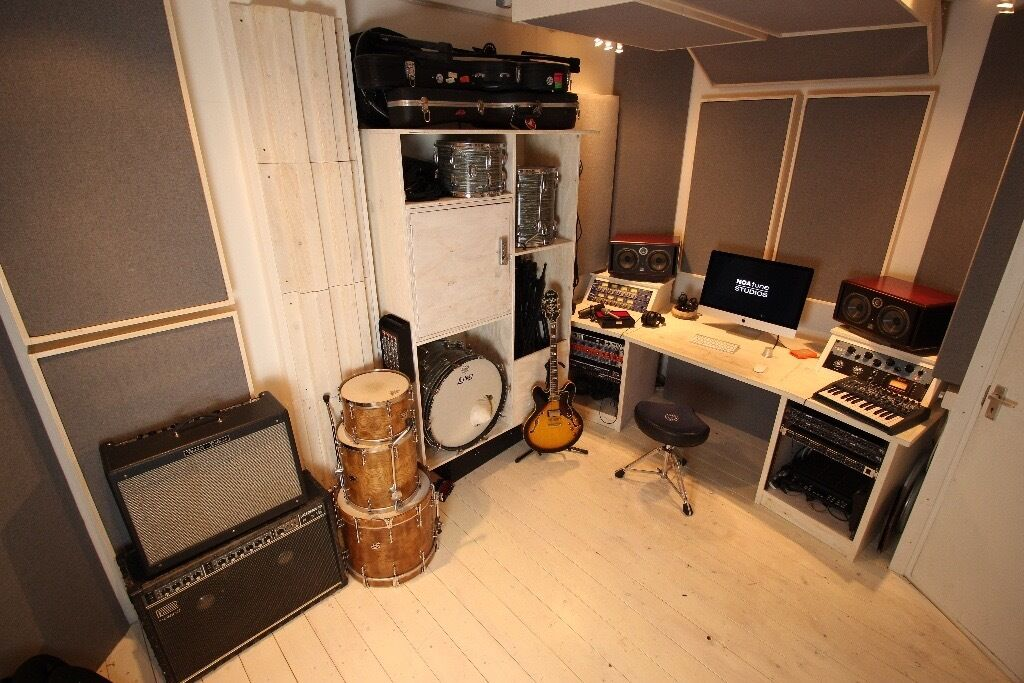 Phenomenal New Build Amazing Writing Space Music Production Room Mixing Largest Home Design Picture Inspirations Pitcheantrous