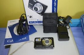 SONY CYBERSHOT DSC-W215 COMPACT CAMERA in Box, with MEMORY CARDS