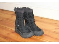 snow boots size 13 Winchester