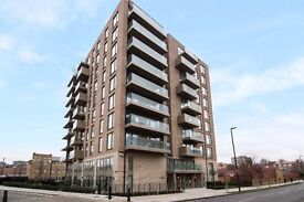 ** AMAZING DUPLEX 2 BED FLAT WITH LARGE TERRACE IN STEPNEY GREEN, WHITE CHAPEL, E1, CALL NOW!! - AW
