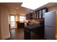 2 BEDROOM SPACIOUS GROUND FLOOR FLAT¦ CLOSE TO THE STATION¦ SPACIOUS GARDEN¦ AVAILABLE NOW