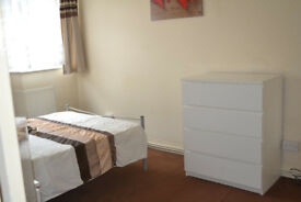 Large Double, Woolwich Town Centre, Available Now.