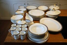68 piece Royal Doulton 'Kendal' Dinner Service