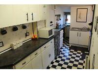 Beautiful double room in Thornton Heath Inclusive of all bills.