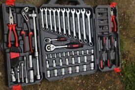 Crescent Professional Mechanics Tool Set - 148 Piece