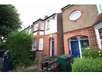 3 bed Hendon £369P/W