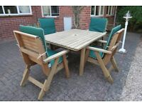 Fabulous Pepe Garden Furniture table & chair set for 4 in excellent condition