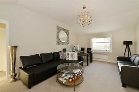 Large top floor One bedroom flat in Finchley Road, London, NW8