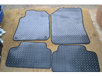 Peugeot 308 (2014-Date) Black Checker Rubber Tailored Car Floor Mats