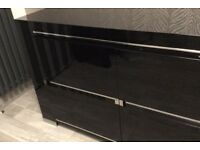 Black high gloss Italian status unit
