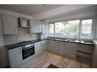 Newly refurbished ground floor 2 bed flat, located in Avenue Road, N15