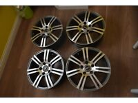 Set of stunning alloy wheels in mint condition