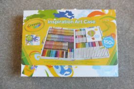 BNWT in wrapper crayola art case