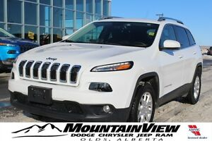 2016 Jeep Cherokee North LOW KM! V6!