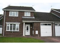 4 Bed Link detached house in Yate