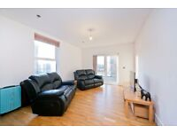 4 BED, 4 BATH, 2 LOUNGES WITH ROOF TERRACE, MODERN FINISH! MINUTES FROM KENTISH TOWN TUBE!