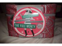 Soap and Glory The Yule Monty Gift Set, Christmas Gift Present/ Toiletries RRP £60
