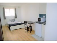 PROPERTY HUNTERS ARE PLEASED TO OFFER MODERN STUDIO FLAT IN ILFORD FOR £850PCM ! NO DEPOSIT!
