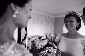 Documentary wedding photographer available for 2017/18 weddings