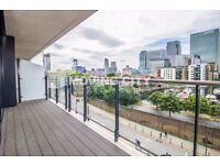 A LUXURY BRAND NEW ONE BEDROOM APARTMENT TO RENT IN CANARY WHARF E14 WITH GYM, VIEW AND CONCIERGE