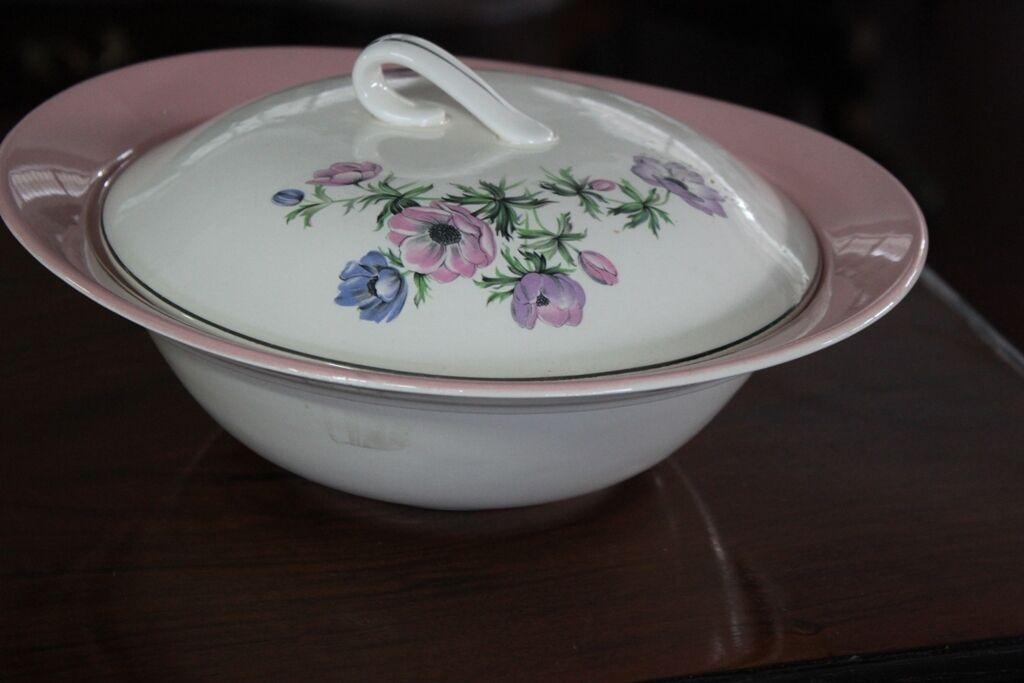 Zuppiera inglese depoca in ceramica legumiera anni 40 coppia