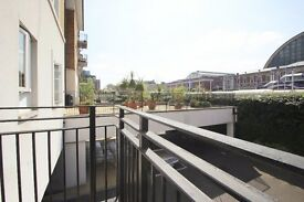 2 bed flat to rent £2,405 pcm, Kensington W14