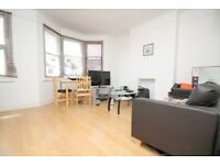 STUNNING ONE BED FLAT -CENTRAL LOCATION!! CALL NOW PATRICIA ON 02084594555 TO ARRANGE A VIEWING!!!