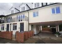 3 bedroom flat in Norbury Road, Thornton Heath