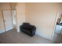 Entire Flat/Apartment - Recently Furnished Ready for Immediate Rent