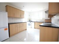 SPACIOUS REFURBISHED THREE BEDROOM & TWO BATHROOM HOUSE TO RENT- HOUNSLOW HESTON OSTERLEY SOUTHALL