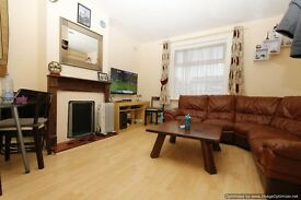 Nice and Spacious 2 bedroom ground floor flat in Morden
