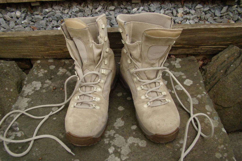 British Army Issued Meindl Desert Fox Boots - Size 10UK  e5a90744d179