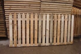 PICKET FENCE PANELS 3 X 5ft 9in ONLY £10 EACH