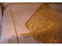 reversible superking bedspread