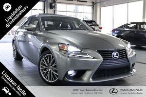 2015 Lexus IS 250 * 145 $/Semaine garantie 3ans/60000 km *
