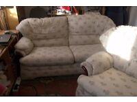 3 setter settee a reclyning chair
