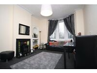 2 Bed furnished, Overlooking Park, Tollcross Rd
