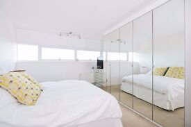 STUNNING 6TH FLOOR 2 BED PROPERTY TO RENT WITH PANORAMIC VIEWS OF LONDON FROM A PRIVATE BALCONY