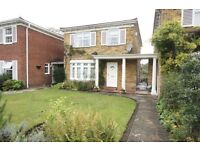 3 bedroom house in Cotswold Close, Kingston Upon Thames, KT2