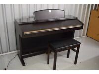 YAMAHA CLAVINOVA CLP-130 DIGITAL PIANO IN GREAT CONDITION, FULLY WEIGHTED KEYS AND 3 PEDALS