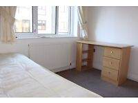 Lovely Single Room in Kingston Flat Share near norbiton and kingston town centre ideal for student