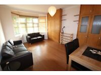 Fabulous Spacious ONE BED Furnished Garden Flat with Large Lounge and Bathroom - Hendon, NW4
