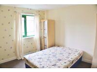 2 Bedroom Flat, Admiral Street, Leeds