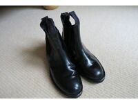 Black Comfey Classic jodhpur boots size 3 in excellent condition & Jacson Legging half chaps