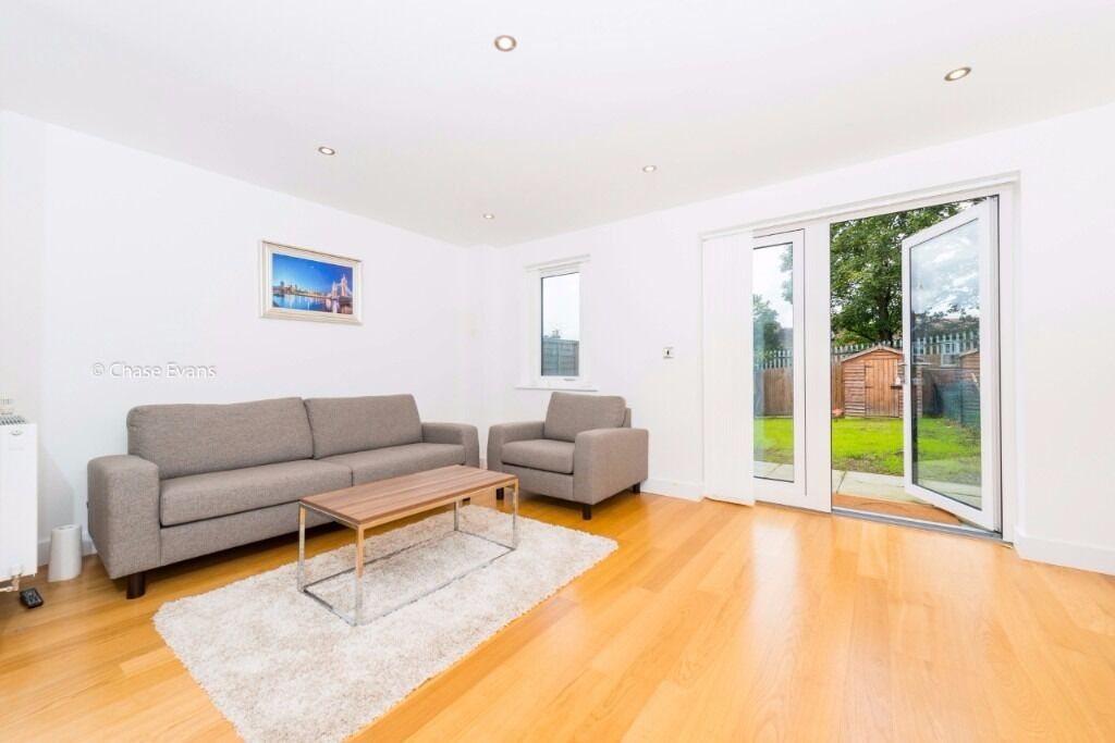 #STUNNING 3 BED 2 BATH HOUSE W/ PRIVATE GARDEN IN CHARLTON/WESTCOMBE PARK/MAZE HILL/KIDBROOKE SE7