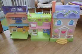 Doll House Caring Corners Mrs Goodbee Interactive talking house with accessories VGC