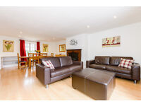 2 bedroom flat in Eldon Square, Reading central, Reading, Berkshire, RG1