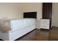 NEW ALL INCLUSIVE LARGE SINGLE ROOM WITH EN-SUITE, CLOSE TO TUBE AND RAIL